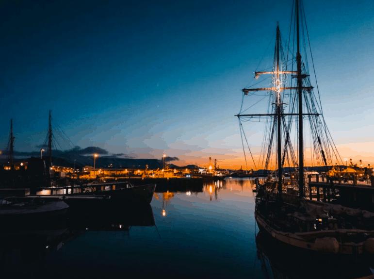 reykjavik haven zonsopgang