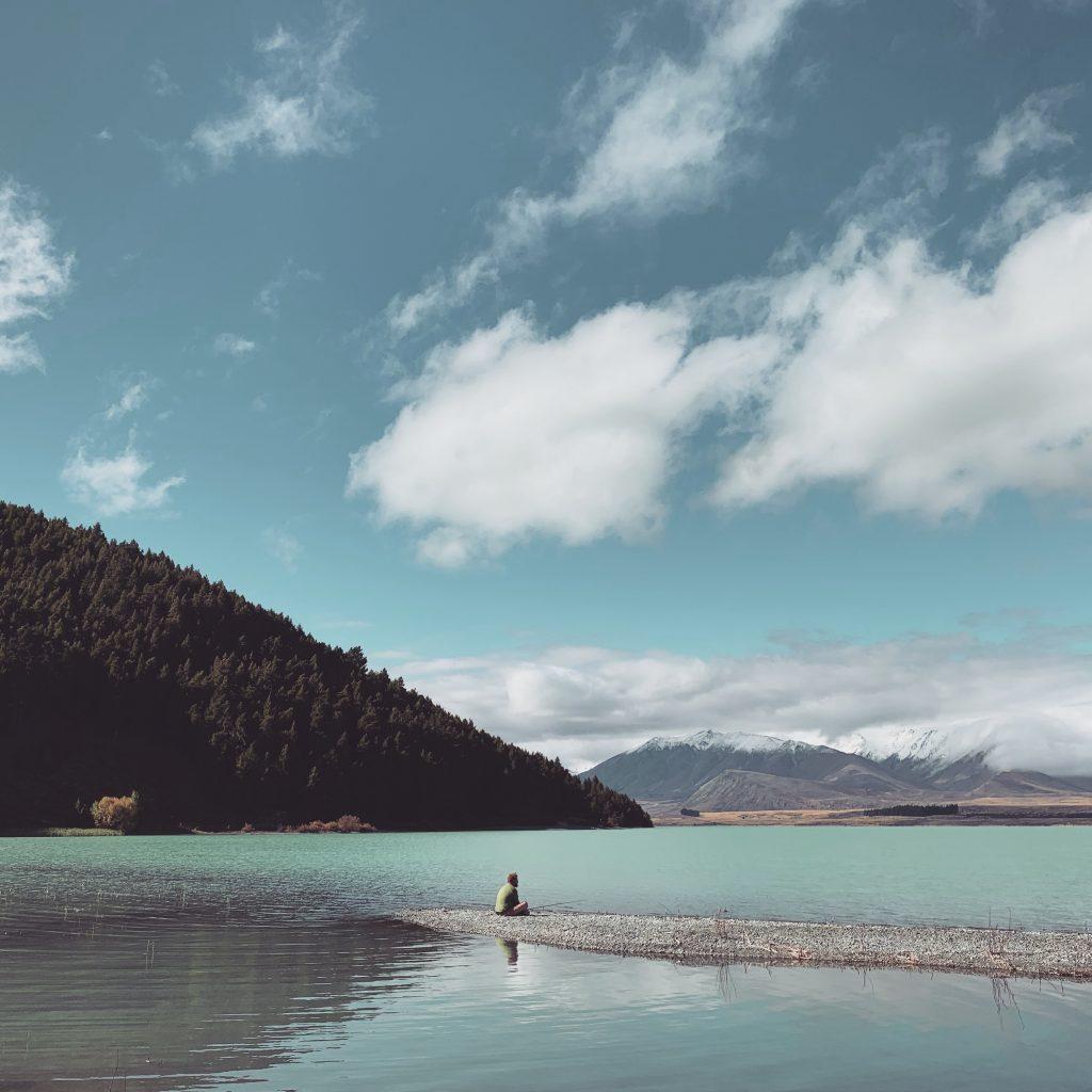visser bij lake tekapo