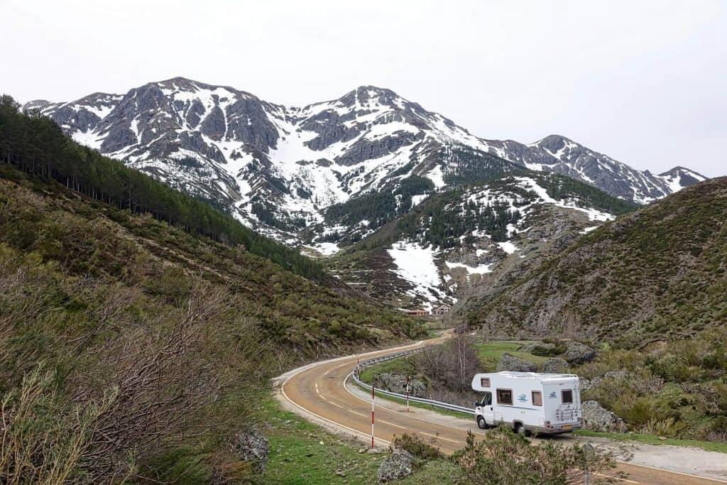 wonen in een camper weg